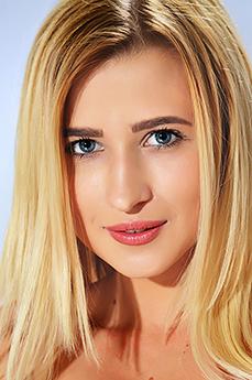 Lisa Dawn